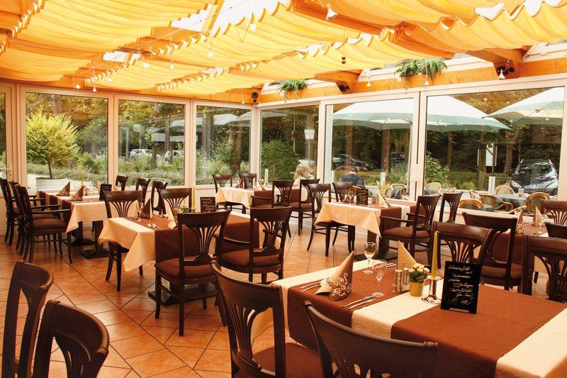 Innenansicht Restaurant Ostfriesen-Hof Leer